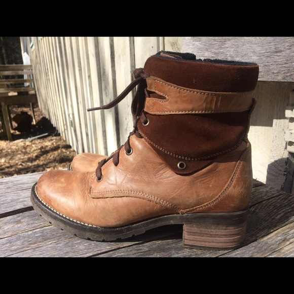 5e3168a8a004 Dromedaris Shoes - Dromedaris Kara boots!
